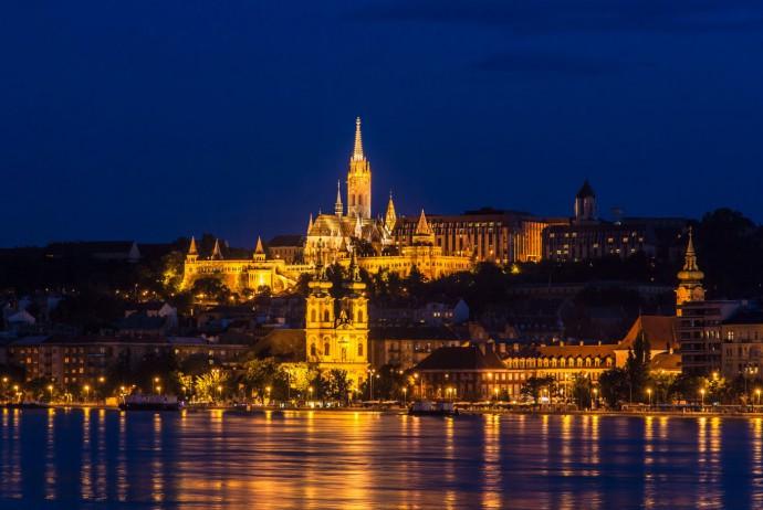 ハンガリー旅行.comについて