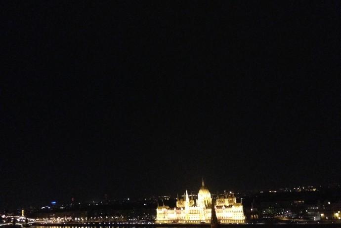 絶景の夜景 in ブダ王宮