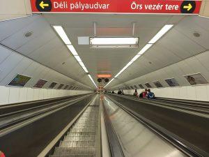 metro-197385_640