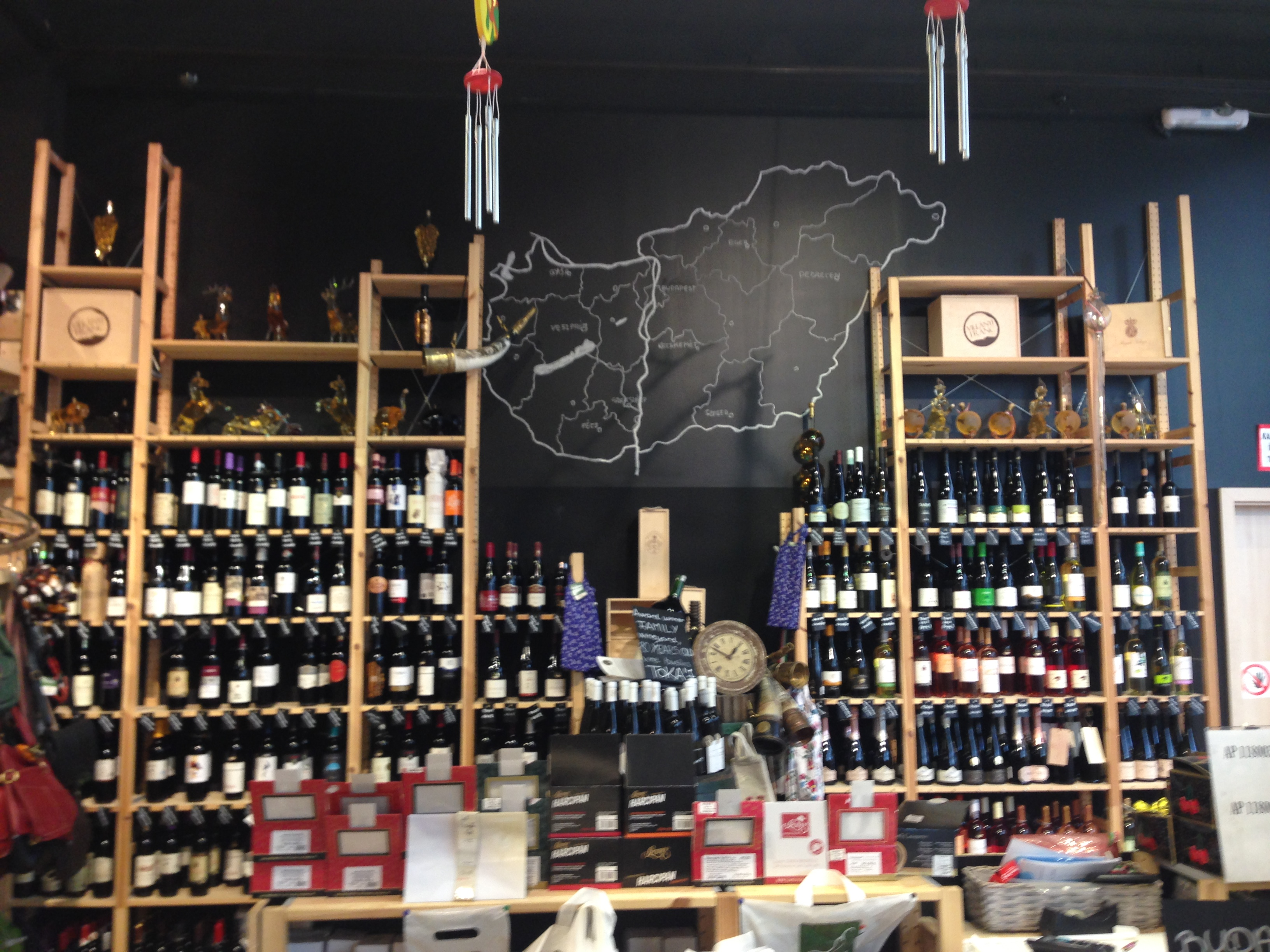 ワインの棚